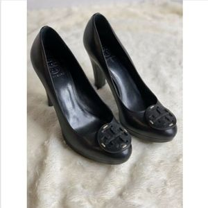 Tory Burch Black Leather Platform Logo Pumps 9.5